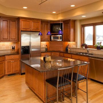 Eden Prairie Kitchen & Lower Level