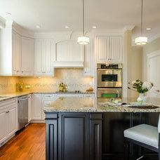 Traditional Kitchen by KM Interior Designs