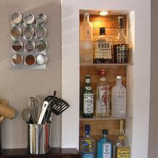 Modern Kitchen by Framework Design, Inc.
