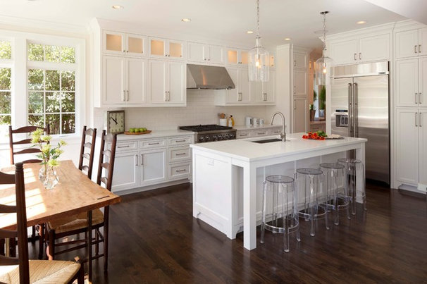 Contemporary Kitchen by Elevation