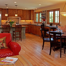 Traditional Kitchen by Knight Construction Design | Chanhassen, Minnesota