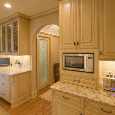 Traditional Kitchen by Bob Michels Construction, Inc.