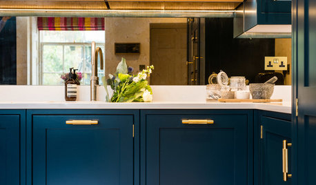 32 Kitchen Handle Designs That Could Elevate Your Cabinets