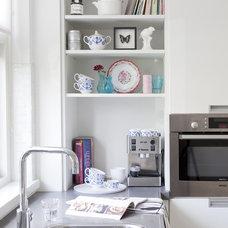 Modern Kitchen by gosto design & lifestyle