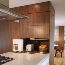 Modern Kitchen by etA ARCHITECTURE
