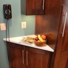 Modern Kitchen by RJK Construction Inc