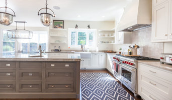 Elegance and Form in Clarendon Hills