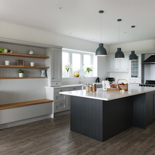 Elegance meets simplicity with this solid wood shaker kitchen