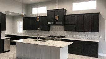 Elegant Black and White Shaker Two Toned Kitchen