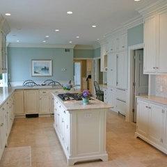 traditional kitchen by Kitchen & Bath Details