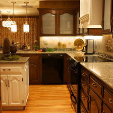 Traditional Kitchen by Gina McMurtrey Interiors