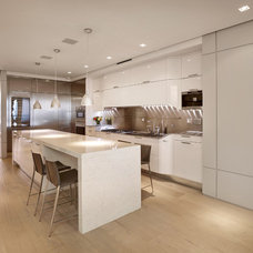 Contemporary Kitchen by BRG Homes