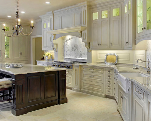 Elegant traditional kitchen design for Elegant traditional kitchens
