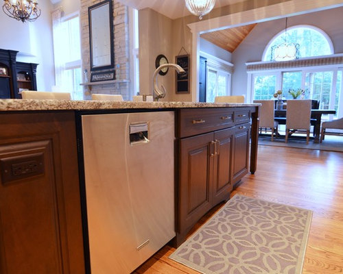 Opening Between Kitchen And Family Room Home Design Ideas, Pictures, Remodel and Decor