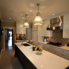 Transitional Kitchen by Soll.Solutions