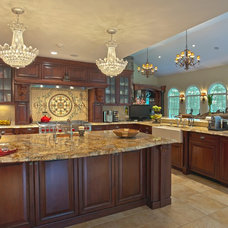 Traditional Kitchen by Harvey Remodeling LLC