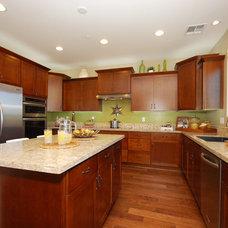 Modern Kitchen by Shea Homes - Arizona