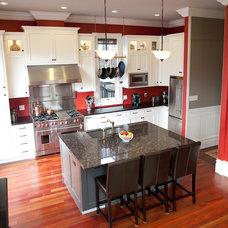 Traditional Kitchen by Architect Mason Kirby Inc.