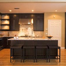 Modern Kitchen by Park Avenue Designs, Inc.