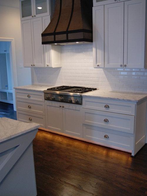 Toe kick lighting houzz - Kitchen cabinet toe kick options ...