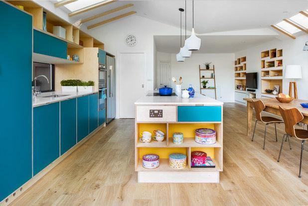 Skandinavisch Küche by Iguana Architects