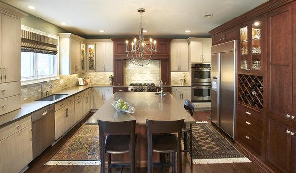 Contemporary Kitchen by Kristin Petro Interiors, Inc.