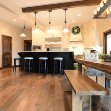 Farmhouse Kitchen by Elmwood Reclaimed Timber Inc.