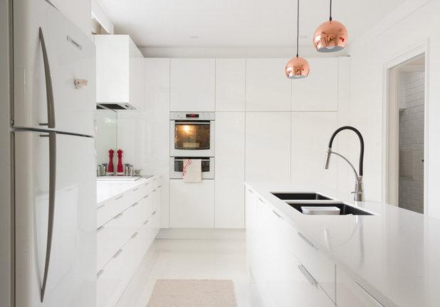 Contemporary Kitchen by Steve Rose Architect