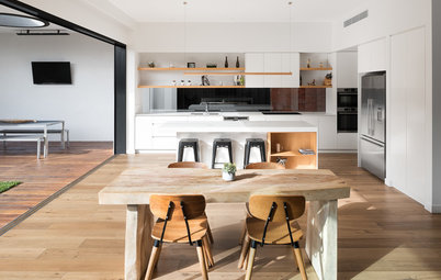 How Do I... Choose Timber Flooring for Indoor-Outdoor Flow?
