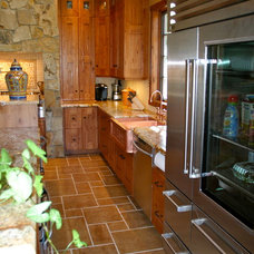 Traditional Kitchen by Markim Construction, LLC