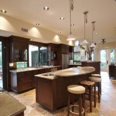 Tropical Kitchen by Farrell Design Assoc Inc,