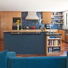 Contemporary Kitchen by Linda Brettler Architect