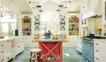 English Beach Cottage Kitchen