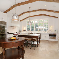 Traditional Kitchen by Quintessence Inc.