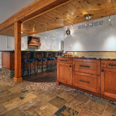 Contemporary Kitchen by Mosby Building Arts