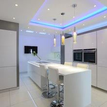 Contemporary kitchen Looks