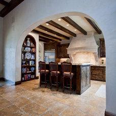 Mediterranean Kitchen by Butterfield Custom Homes
