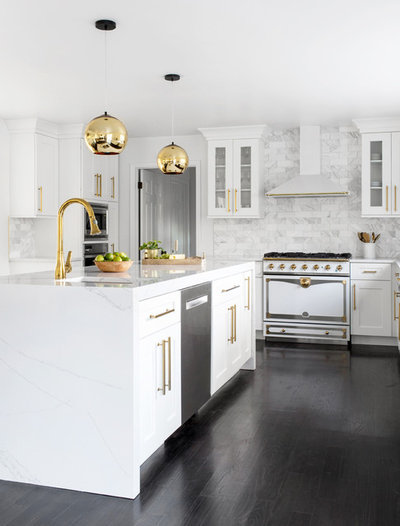 Transitional Kitchen by Simon Adamczyk