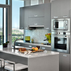 modern kitchen by Arnal Photography