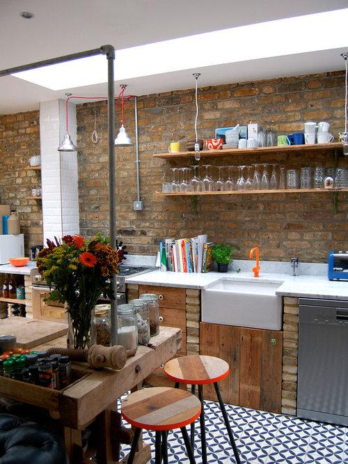 cuisine clectique avec des portes de placard en bois vieilli photos et id es d co de cuisines. Black Bedroom Furniture Sets. Home Design Ideas