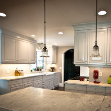 Traditional Kitchen by Deco Design