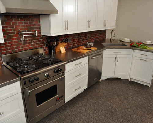 photos of kitchen cabinets with hardware kitchen cabinet hardware houzz 24635