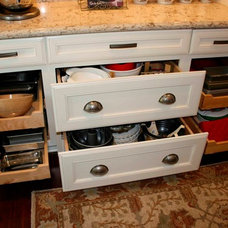 Traditional Kitchen by Erin Hurst, CKD