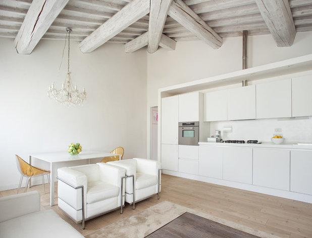 Scandinavian Kitchen by Francesco Pierazzi Architects