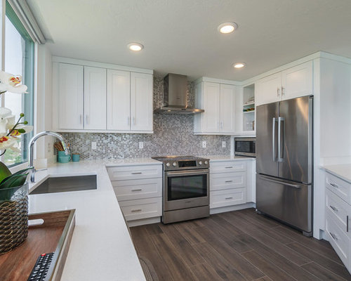 Enjoyable Beach Condo Kitchen Design Ideas Remodel Pictures Houzz Largest Home Design Picture Inspirations Pitcheantrous