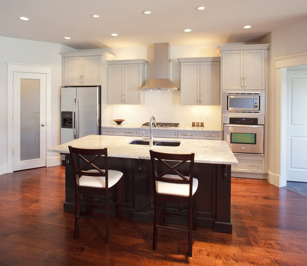 Contemporary Kitchen by Stephens Fine Homes Ltd
