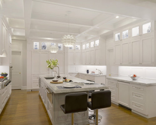 Expansive Traditional Kitchen Design Ideas Remodels Photos