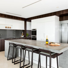 Contemporary Kitchen by Urbane Projects Pty Ltd