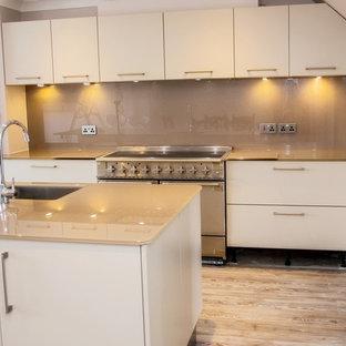 """""""EXPRESSO DELIGHT"""" - Glitter glass kitchen worktop, island and splashback"""