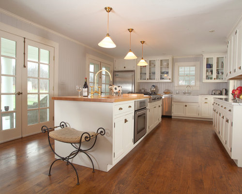 White Country Kitchens